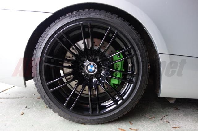 BMW E92 335i big brakes brembo 4 pot cayene 350 mm disc 2