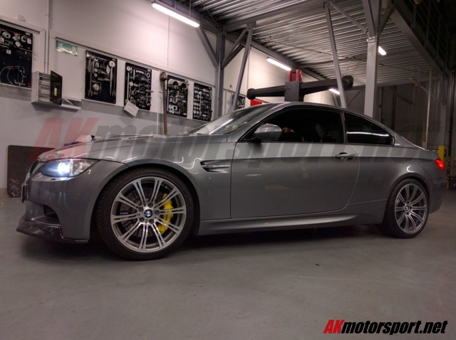 bmw_m3_e92_big_brake_kit_brembo_front_11